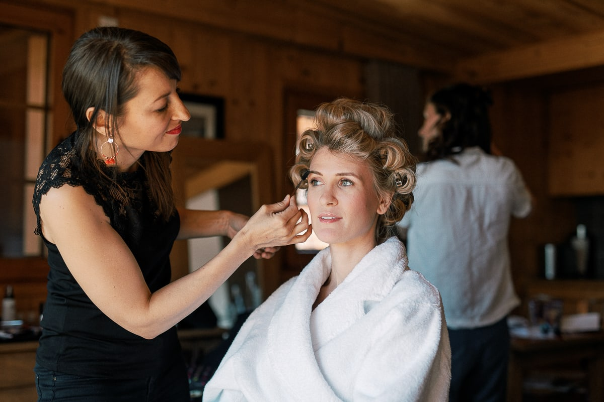 Wedding preparations in Megeve at the Hotel Alpaga by the photographer Sylvain Bouzat.
