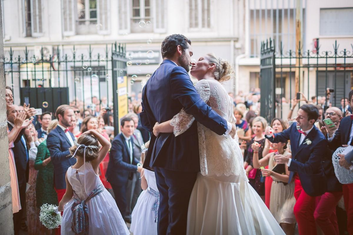 Cérémonie pendant le mariage à Toulon capturé par le photographe mariage Toulon Sylvain Bouzat.