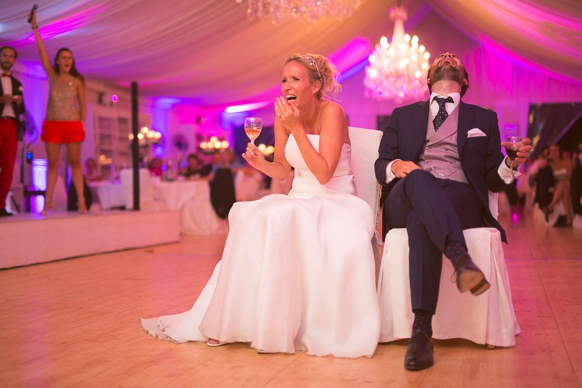 Soirée et diner pendant le mariage à Toulon capturé par le photographe mariage Toulon Sylvain Bouzat.