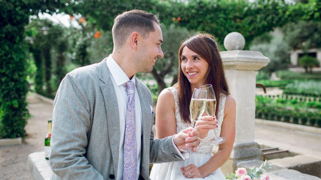 Provence elopement wedding Mas de la Rose photographe mariage à deux en Provence
