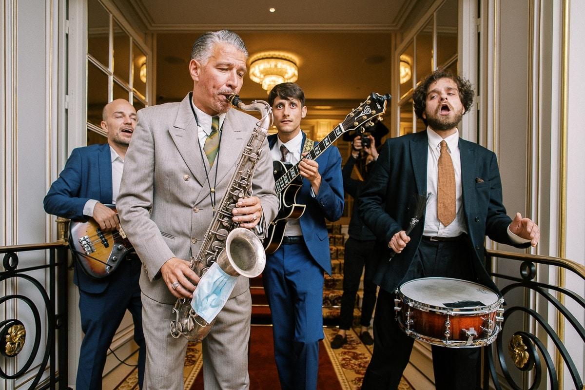 Groupe de musique à l'Hôtel place Vendôme.